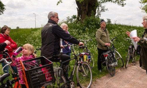 Fietsen door Rijsenhout, een bijzonder dorp in de Haarlemmermeer